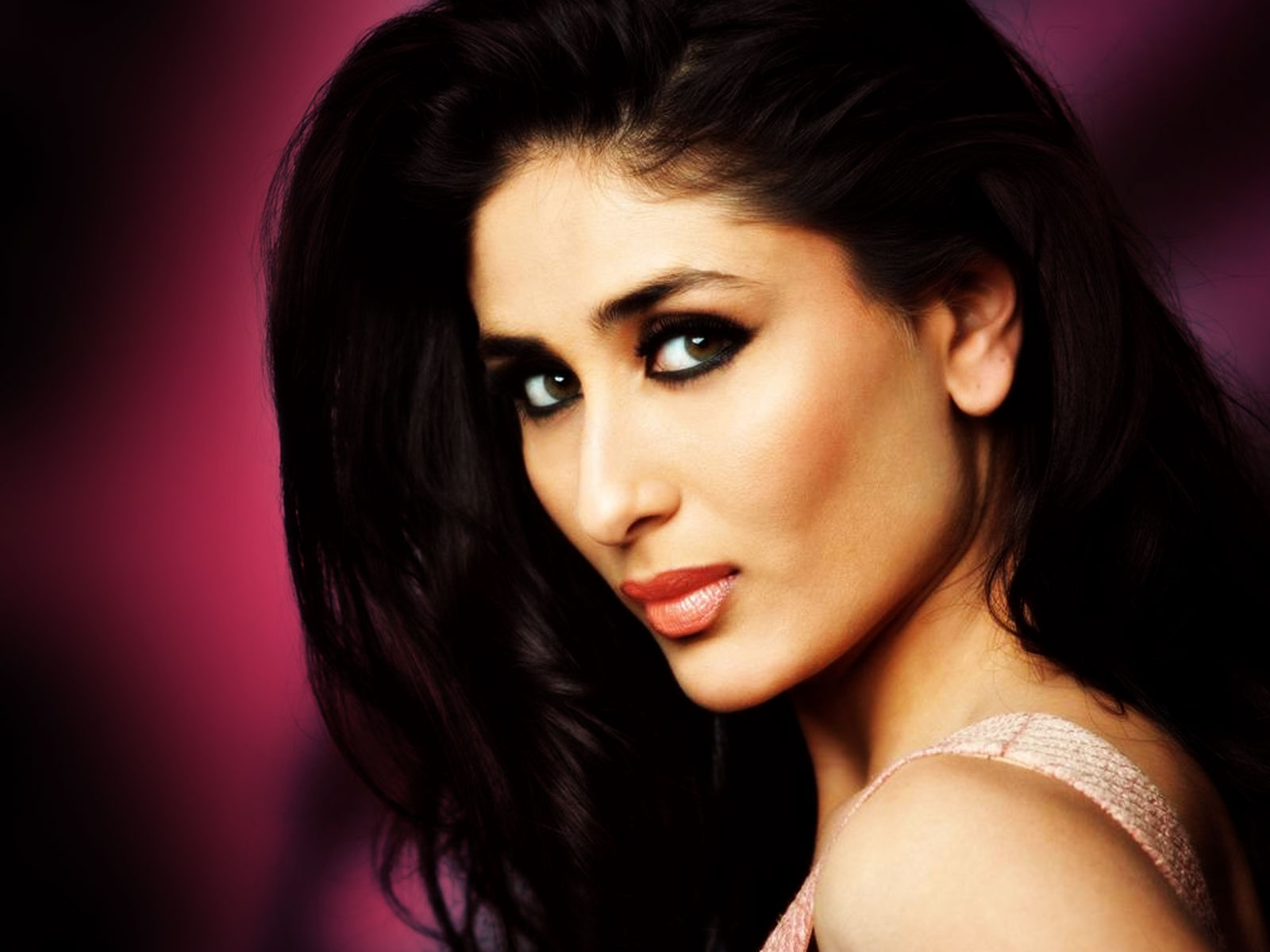 Kareena Kapoor - Images Actress