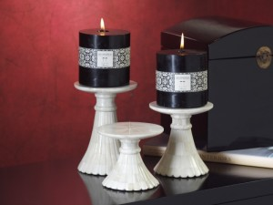 Glass candle holders to add aesthetic charm to your home decor